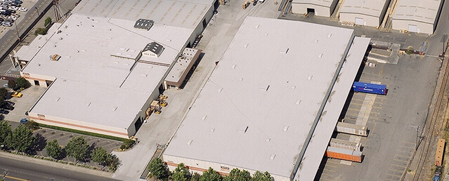 How to choose new commercial roof